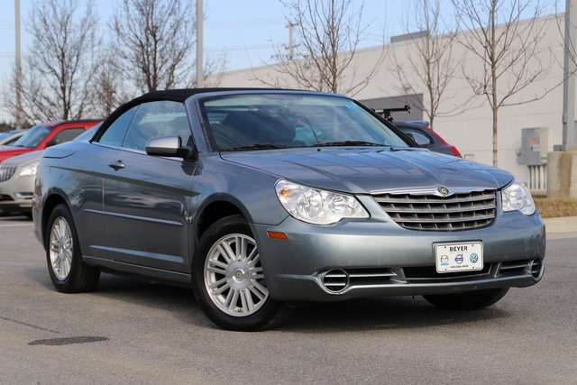Pre Owned 2008 Chrysler Sebring Touring