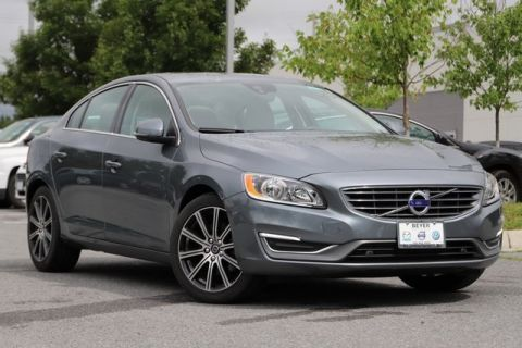 Pre-Owned 2017 Volvo S60 Inscription T5