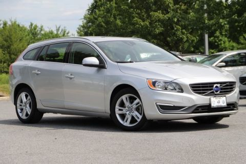 Pre-Owned 2015 Volvo V60 T5 Premier With Navigation